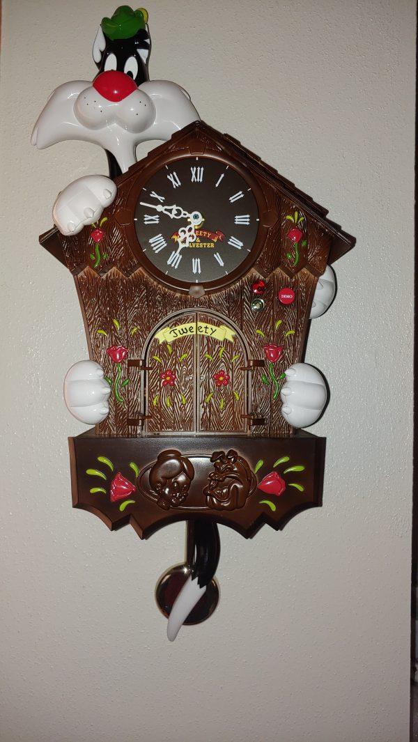 tweety and Silvester cuckoo clock
